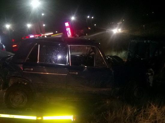 В Марий Эл в кювет перевернулся автомобиль с тремя подростками