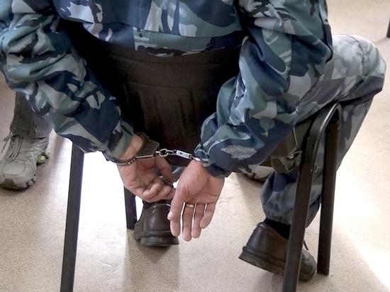 В Чувашии сотрудник ИК передал заключенным 27 мобильных телефонов