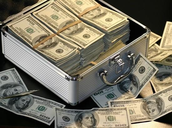 Тулякам задолжали зарплату на миллионы рублей