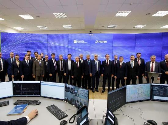 Депутаты Госдумы ознакомились с работой цифрового диспетчерского пункта