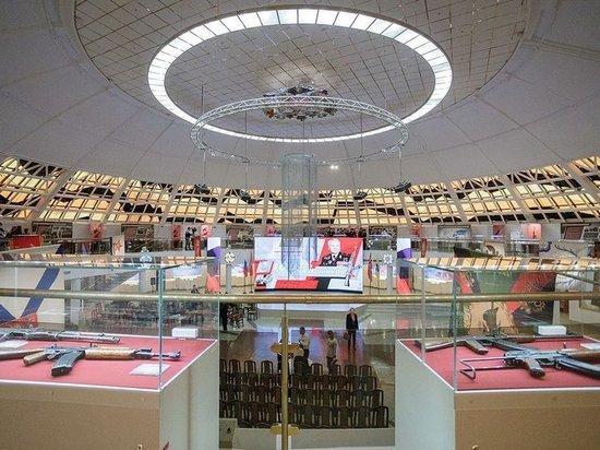 В Туле открылась выставка, посвященная Михаилу Калашникову