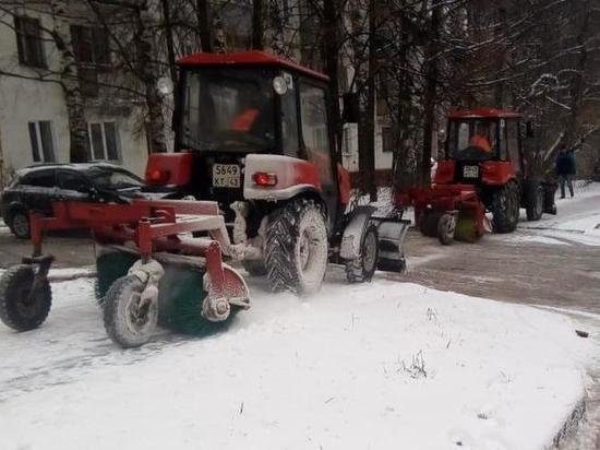 Как в Кирове ликвидировали гололед