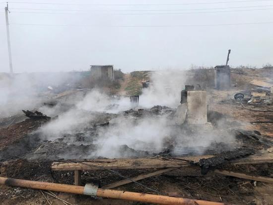 На Ставрополье сгорели постройки для проживания рабочих на овощеводческой базе