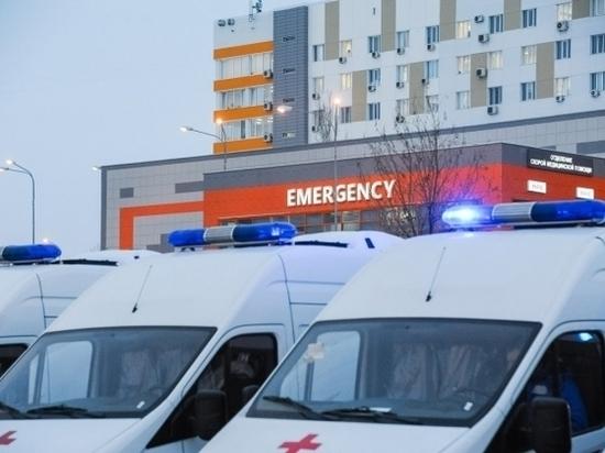 Под Волгоградом столкнулись два грузовика: пострадал 47-летний водитель
