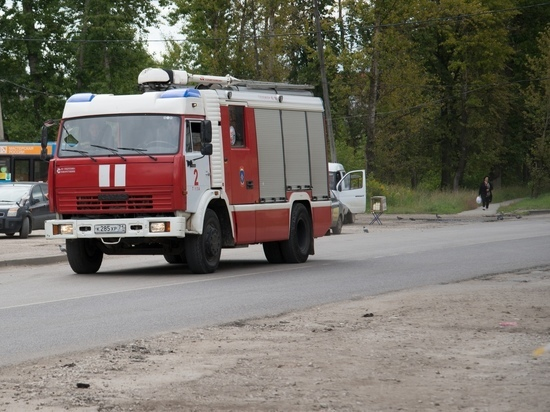 За сутки тульские спасатели потушили 4 возгорания