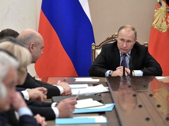 """Путин пришел в негодование из-за продолжающегося воровства на космодроме """"Восточный"""""""