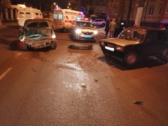Эх, прокачу: в Костроме юный автолюбитель травмировал свою подругу