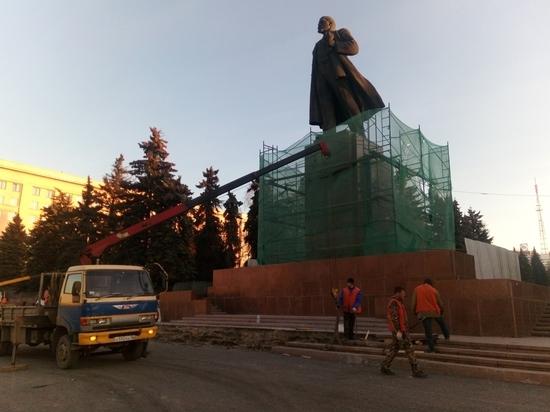 Челябинцы задумались о судьбе памятника Ленину
