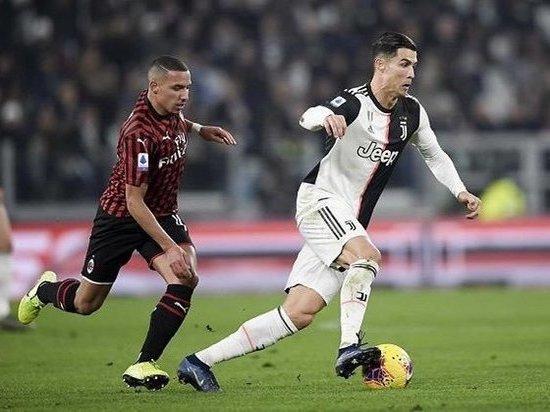 Роналду зол: не пожал руку Сарри и уехал со стадиона во время матча