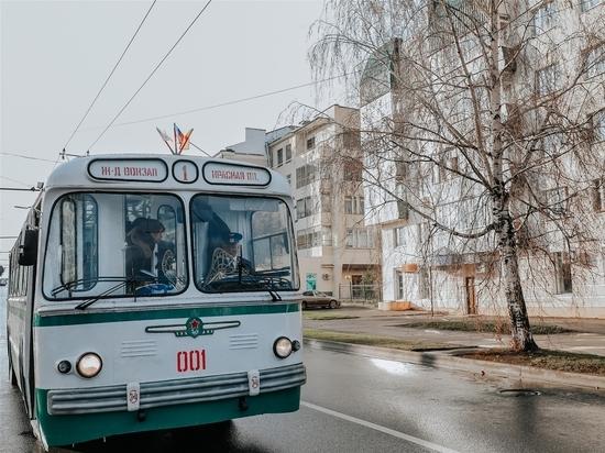 Чебоксарское троллейбусное управление отметило очередную дату