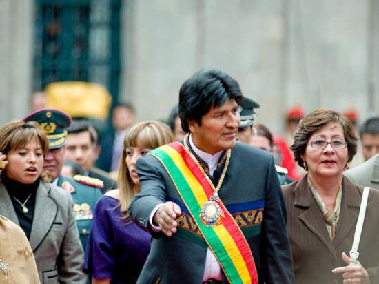 Эво Моралес объявил, что отправляется из Боливии в Мексику
