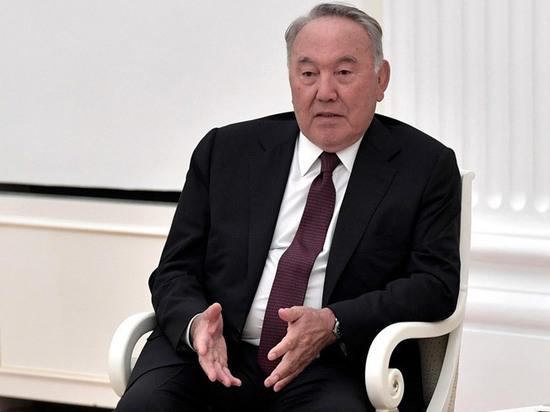 Назарбаев: Зеленский дал согласие на встречу с Путиным