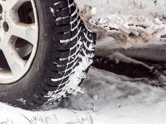 «Автодор» предлагает уменьшить срок эксплуатации шипованных шин