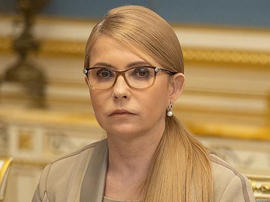 На пути Зеленского встала Тимошенко с зеленым баннером