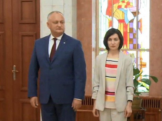 Оставка правительства Молдовы вызвала беспорядки в Кишиневе