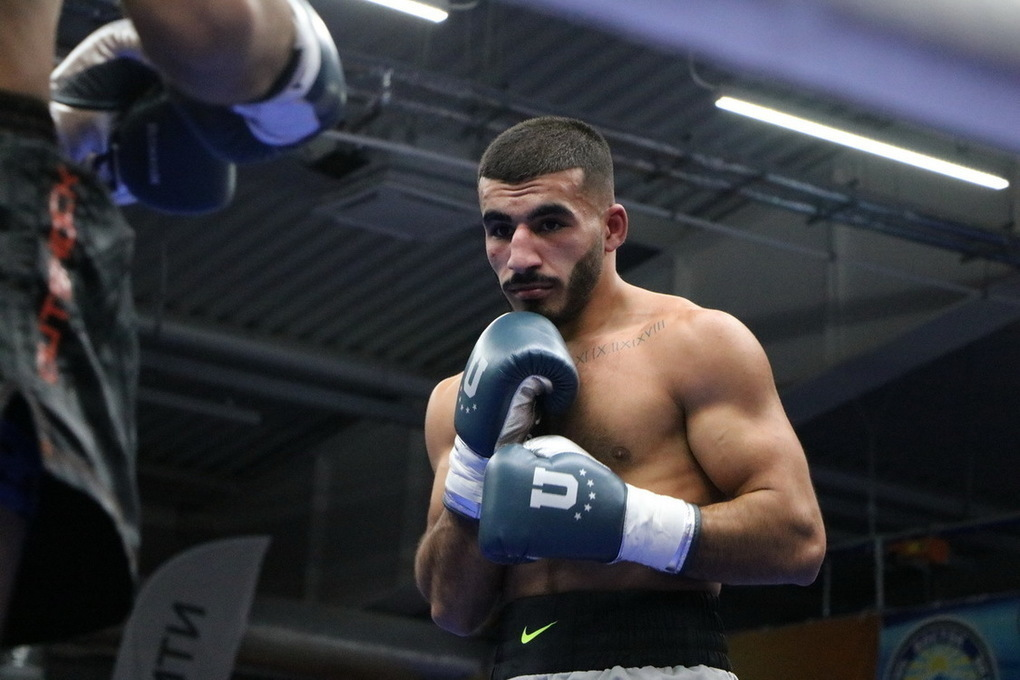 Тамбовский боксер назвал причину отказа от продолжения боя