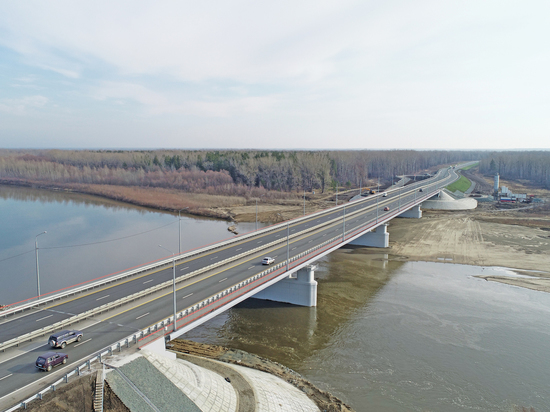 Соединяя регионы: в Алтайском крае открыли мост через реку Чумыш на Чуйском тракте