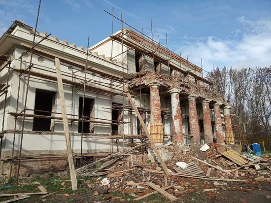 Кто захватил усадьбу Мирковичей в Одоевском районе