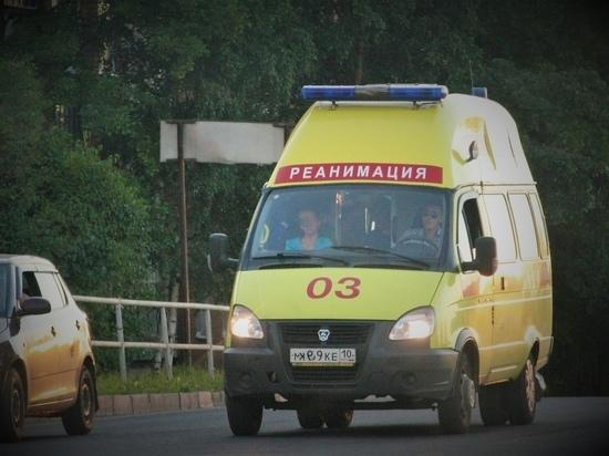 В Петрозаводске пьяный мужчина напал на врача скорой помощи