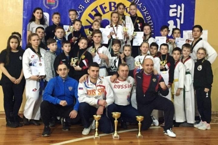 Тхэквондисты из Иванова привезли из Беларуси более двадцати пяти медалей