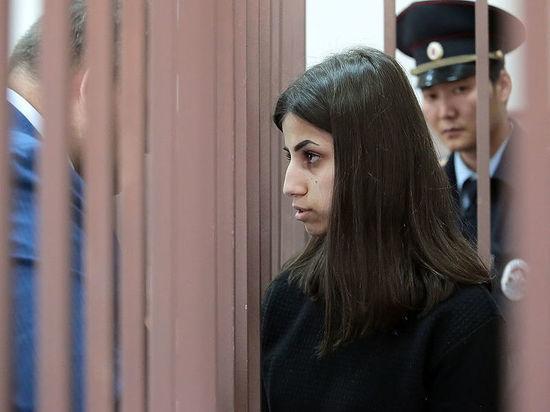 Подруг сестер Хачатурян заподозрили в причастности к убийству