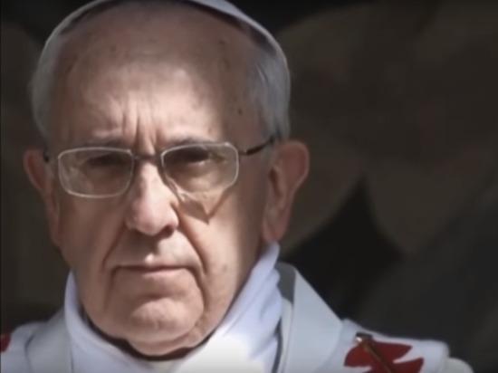 Папа Римский Франциск поклонился языческой богине и разгневал католиков