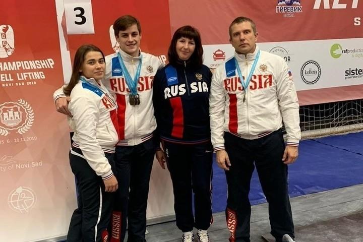 Калужские силачи взяли 5 золотых медалей чемпионата мира