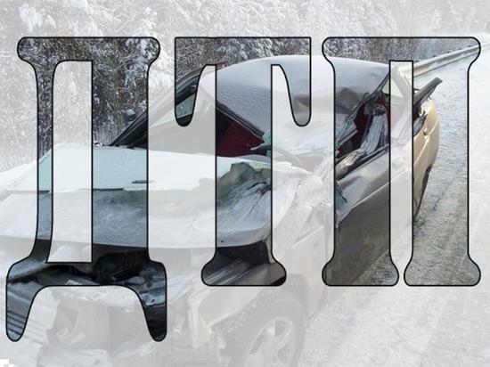 В Смоленске иномарка сбила женщину, которая просто стояла на дороге