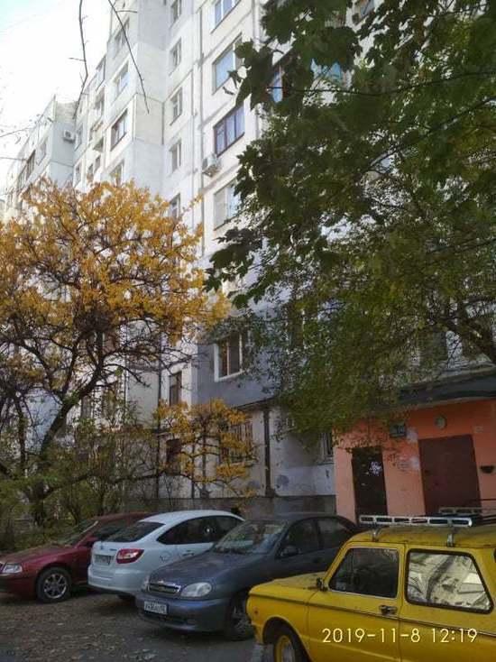 В Симферополе вместо радиаторов отопления греют бачки унитазов