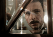 Бриллианты, скелеты в шкафу и усы Антона Хабарова в крутом детективе