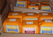 Тридцать два килограмма санкционного сыра уничтожили в Алтайском крае