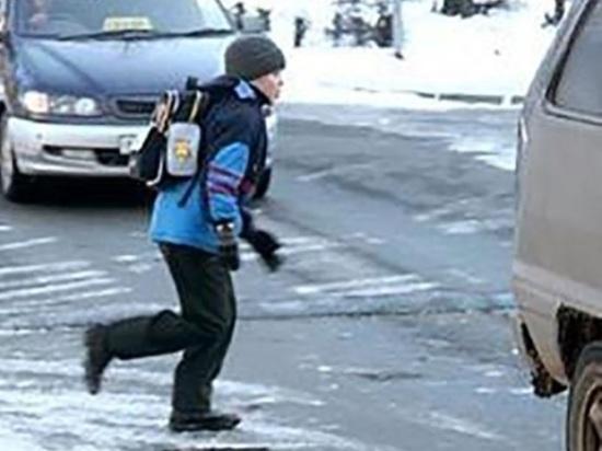 Архангельская автоженщина сбила девятилетнего ребёнка во дворе дома