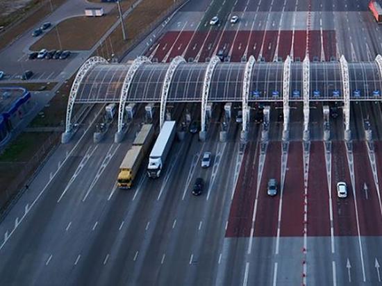 Строительство скоростной трассы Москва - Санкт-Петербург завершилось