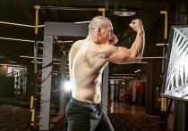 Похищение и вымогательство: арестован боец UFC, побивший Емельяненко
