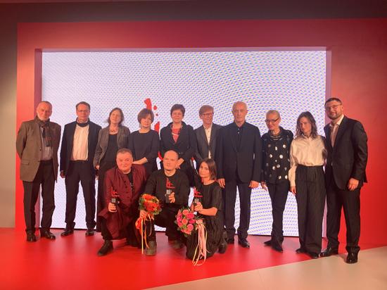 Шизореволюция для Кандинского: премия имени знаменитого авангардиста подвела итоги