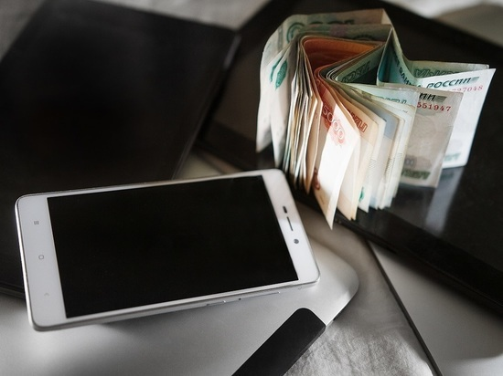 СМИ: у экс-возлюбленной Прохора Шаляпина украли телефон за 130 тысяч