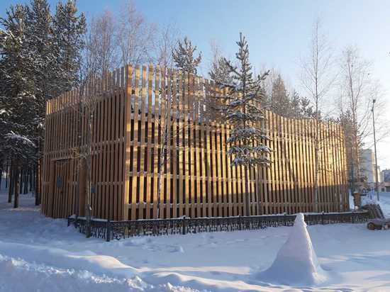 Подстанцию в парке Ноябрьска превратили в арт-объект