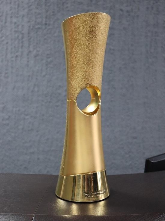 В Новый Уренгой привезли Кубок мира по пляжному волейболу