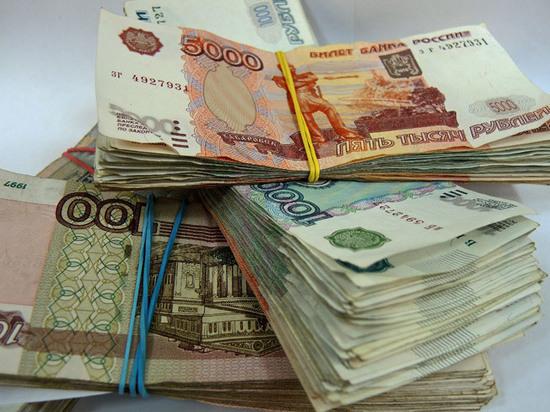 В Москве двое сыщиков-полицейских подозреваются в получении взятки от фальшивомонетчиков