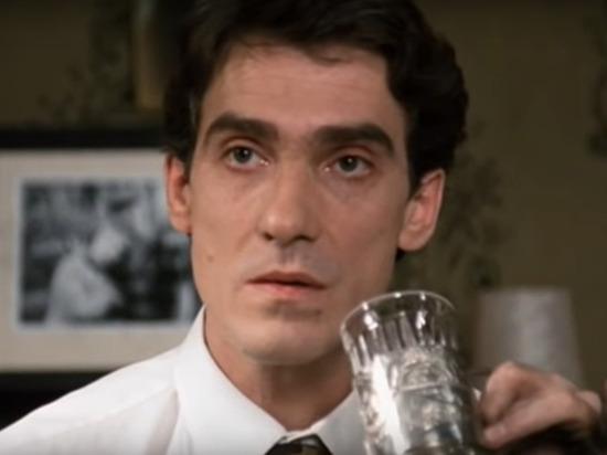 Актер Валерий Гаркалин в центре Москвы сбежал от врачей
