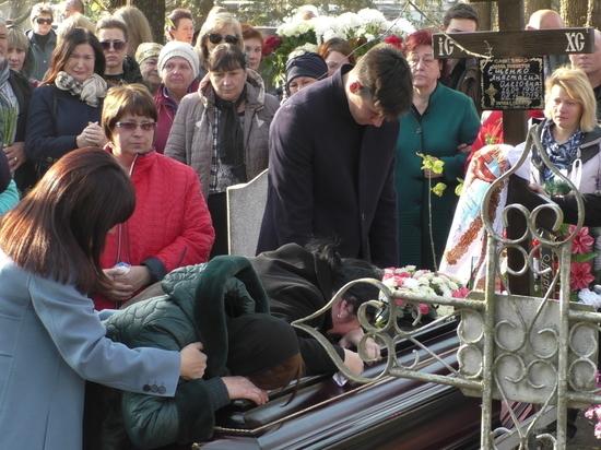 Родная станица на Кубани попрощалась с Анастасией Ещенко