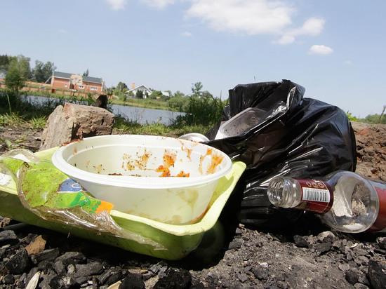 Подробности массового отравления на подмосковной свалке: пятеро уроженцев Чувашии выпили коньяк