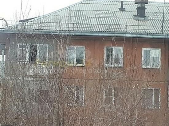 В Челябинске женщина после ссоры с мужем выпала с балкона