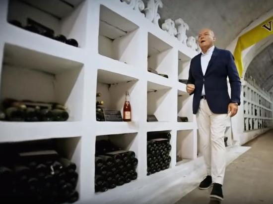 Киселев рассказал про революционный законопроект о виноделии в России
