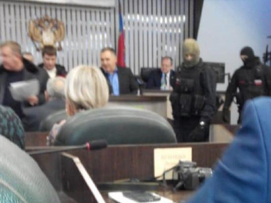 Стали известны подробности задержания в мэрии Бийска