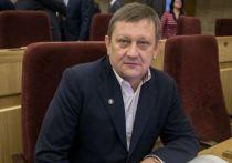 В Новосибирске академик Караськов и его супруга остаются под арестом