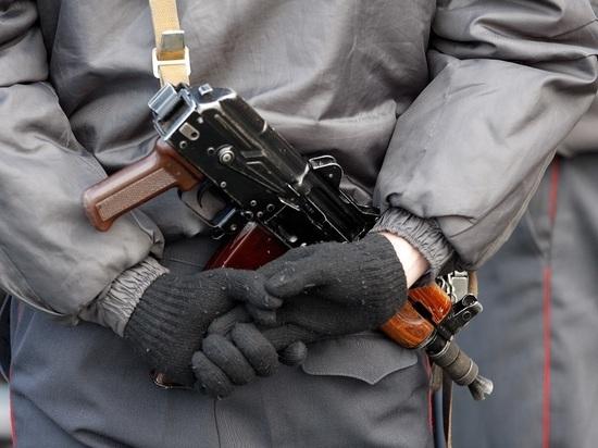 В Марселе группу молодых людей расстреляли из автоматов
