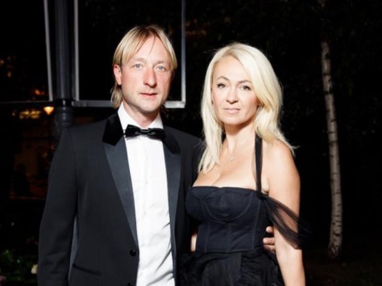 Рудковская ответила на слухи о любовнице Плющенко