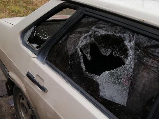 Полиция проводит проверку по факту порчи машин на окраине Рязани