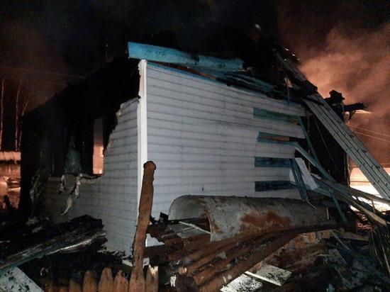 Неизвестные сожгли дачный дом в кооперативе под Северодвинском